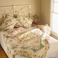 "Green Wisteria Lattice california king quilt 110""x102"" with 2 standard pillow shams"