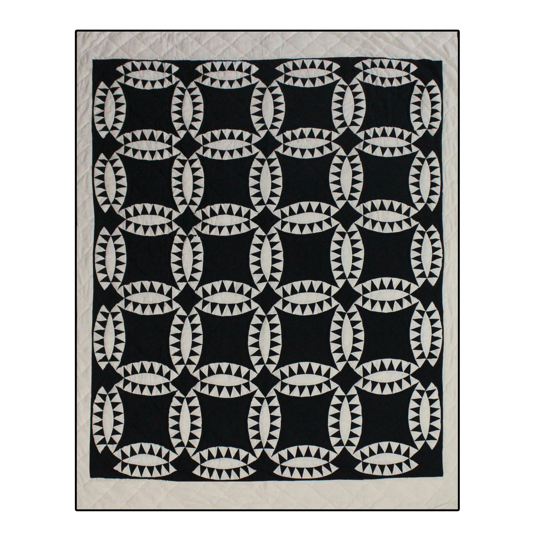 "Black and White Wedding Ring Queen Quilt 85""W x 95""L"