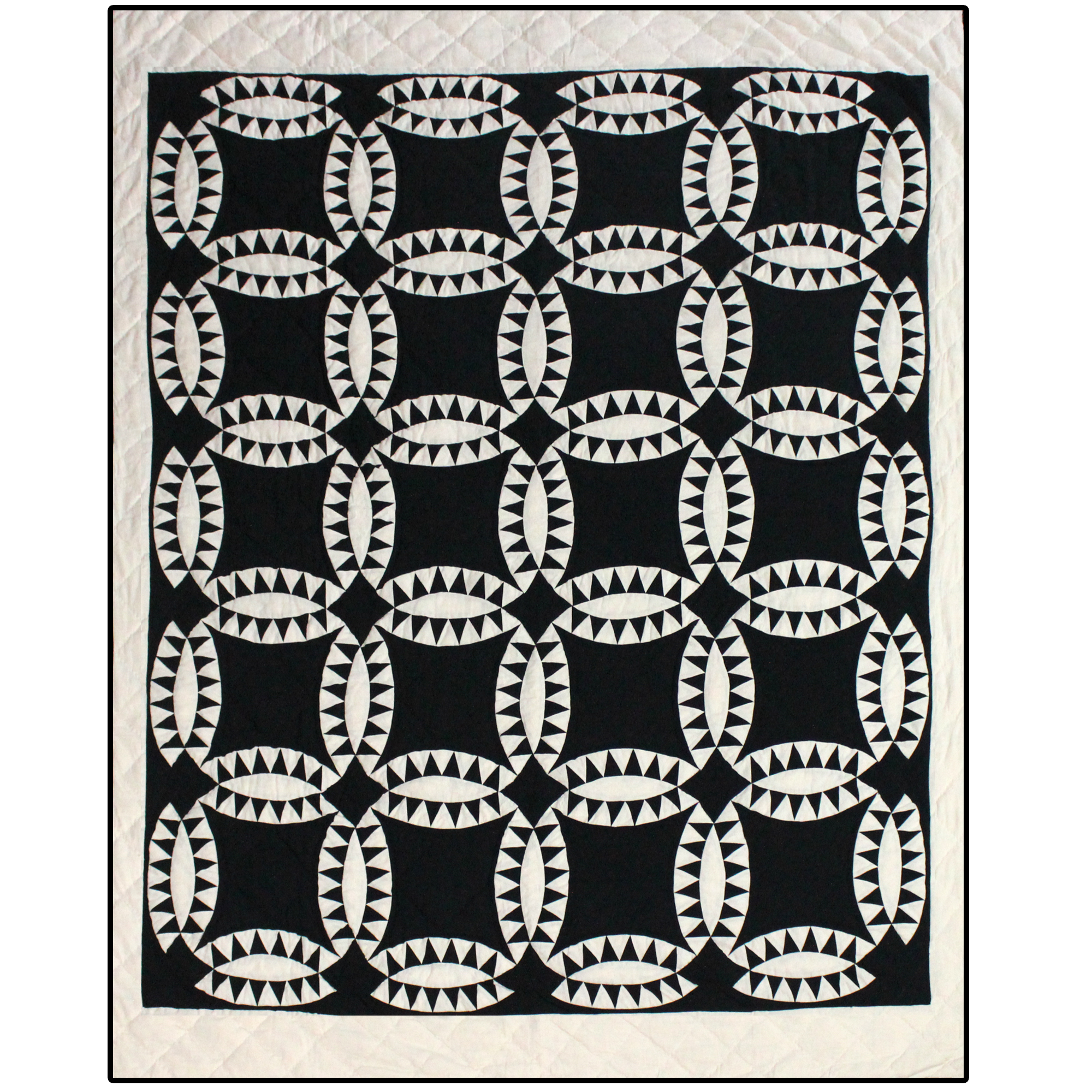 "Black and WhiteWedding Ring Super Queen Quilt 92""W x 96""L"